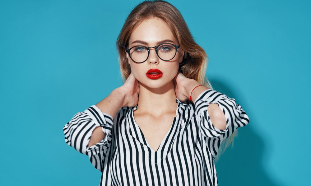 Cute Nerd Hairstyles For Girls- Hairstyles For Nerdy Look